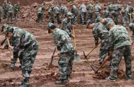 重慶多地組織民兵開展救援搶險