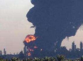 """伊拉克首都""""綠區""""遭火箭彈襲擊一兒童受傷"""