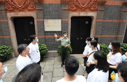 上海武警戰士連續21年講述黨史故事記事